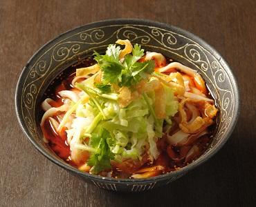 中国・西安地方に古来から伝わる郷土料理のひとつ。本場の味をどうぞ心ゆくまでお楽しみください。